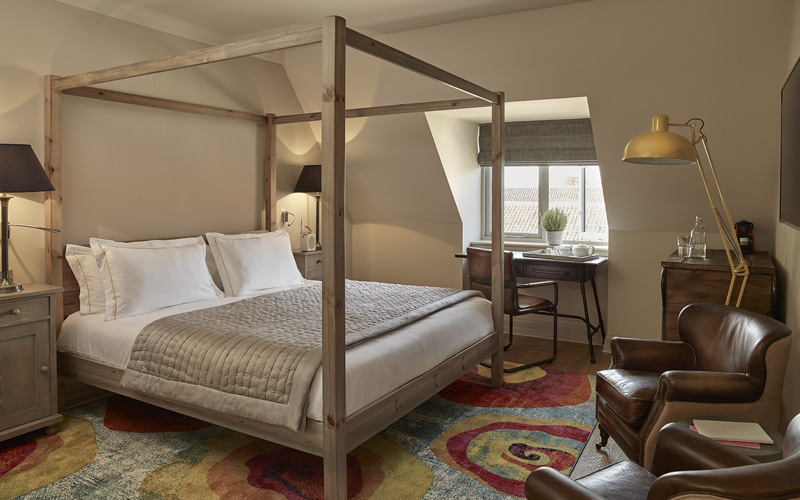 Big room with breakfast (one-night stay, weekdays only)
